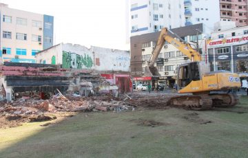 Máquinas dão início aos trabalhos de empreendimento milionário em Guarapari