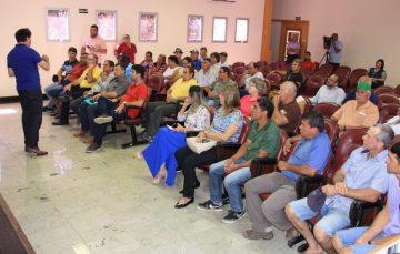 Depois de reunião, feirantes concordam com mudança no horário das feiras em Guarapari