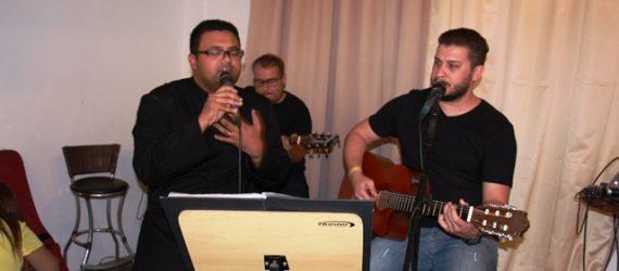 Padre de Guarapari lança CD para investir em obra de igreja