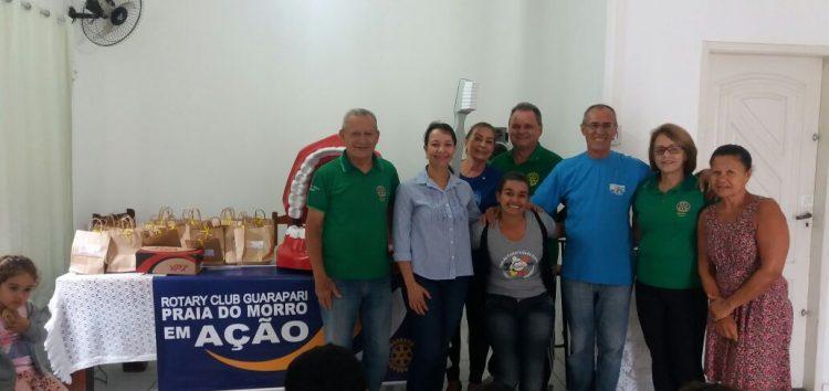 Rotary Club doa brinquedos para crianças em mais uma ação social