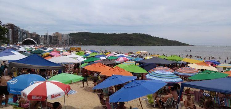 Grande número de turistas na virada do ano promete um verão cheio e lucrativo em Guarapari