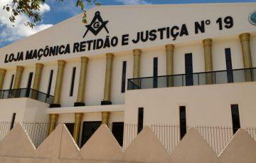 Após sete anos de reformas, novo Templo da Maçonaria Retidão e Justiça é inaugurado em Guarapari