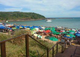 Feriadão com praias próprias para banho em Guarapari