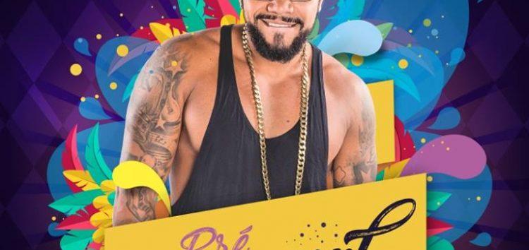 Naldo Benny agita Guarapari no pré-carnaval da Luazul