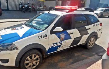 PM prende suspeitos com drogas e recupera carro furtado em Guarapari