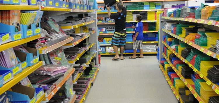 Volta às aulas: Procon alerta sobre a compra do material escolar em Guarapari
