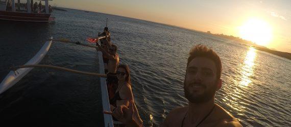 Canoa Havaiana faz adeptos em Guarapari