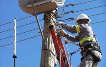 Manutenção na rede elétrica vai deixar Guarapari, Anchieta e Alfredo Chaves sem energia