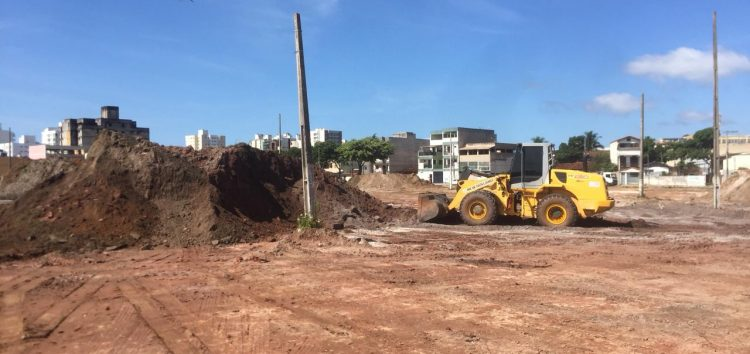 Carone inicia as obras do superatacado SempreTem em Guarapari