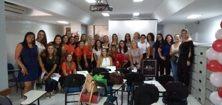 Sindicig promove palestras motivacionais no dia da mulher em Guarapari