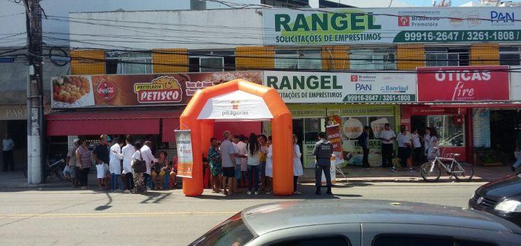 Blitz Educativa orienta motoristas e pedestres no centro de Guarapari