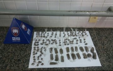 PM de Guarapari recupera moto e apreende drogas e armas