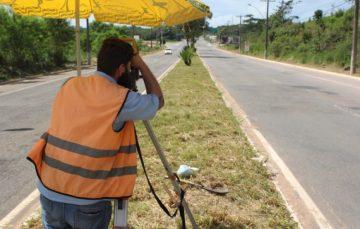 Setop inicia levantamento para reforma da Av. Jones dos Santos Neves, em Guarapari