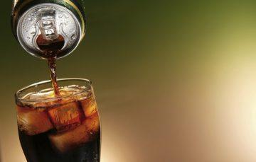 Dia Nacional da Nutrição: Cuidado com os refrigerantes