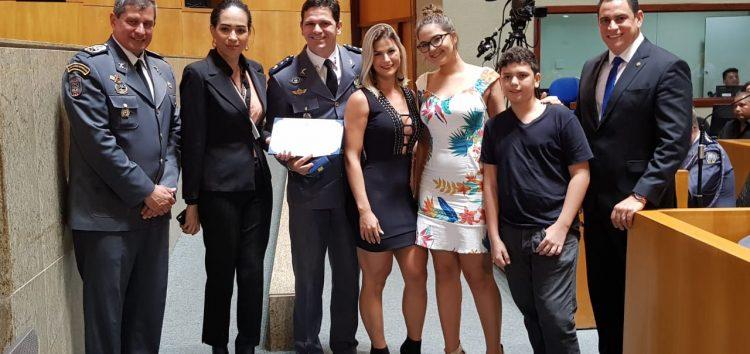 Major de Guarapari recebe homenagem na Assembleia Legislativa