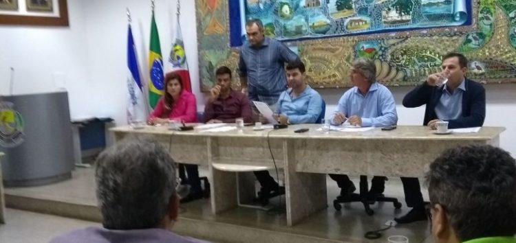 Vereadores protestam, mas Projetos de Lei do executivo vão para votação na Câmara de Guarapari