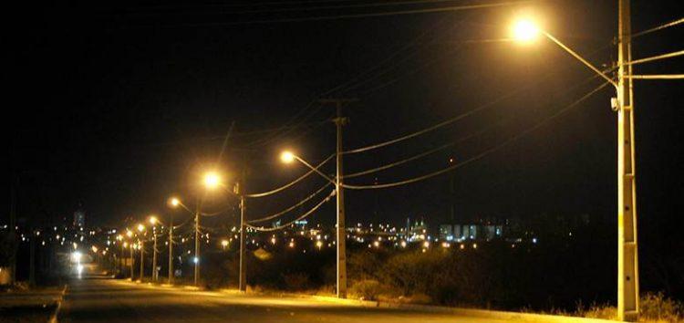 Lei aprovada pela Câmara de Alfredo Chaves prevê cobrança de iluminação pública aos agricultores do município