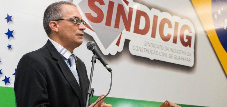 Presidente reeleito do Sindicig é empossado e diz que ampliará parcerias