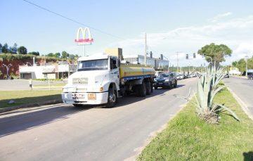 Caminhões com combustível e gás foram escoltados pela polícia em Guarapari