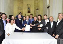 Governador visita Anchieta para anunciar mais de R$7 milhões de investimentos na cidade