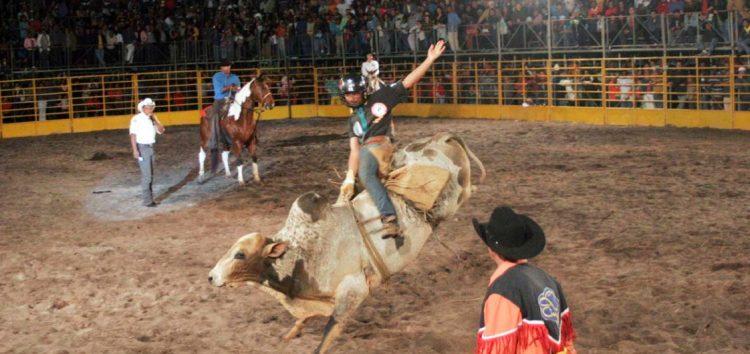 Rodeio e shows movimentam o fim de semana em Alfredo Chaves