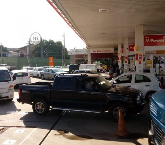 Guarapari registra longas filas e falta de combustível em postos