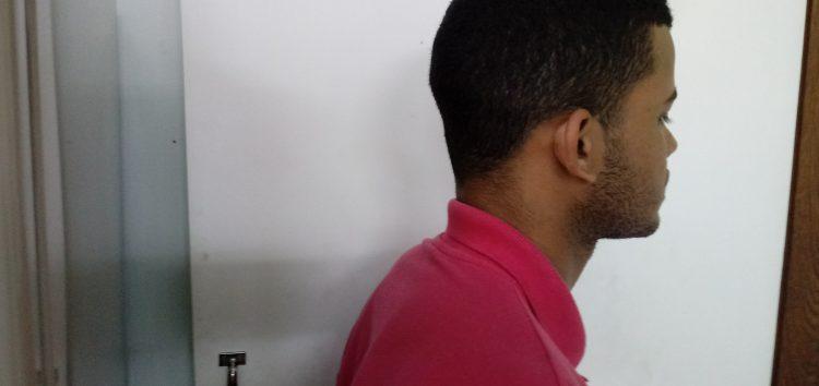 Jovem é preso em Guarapari após furtar sorveteria com simulacro de arma de fogo