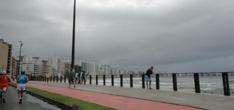 Guarapari tem previsão de chuva com nova frente fria que chega ao Espírito Santo
