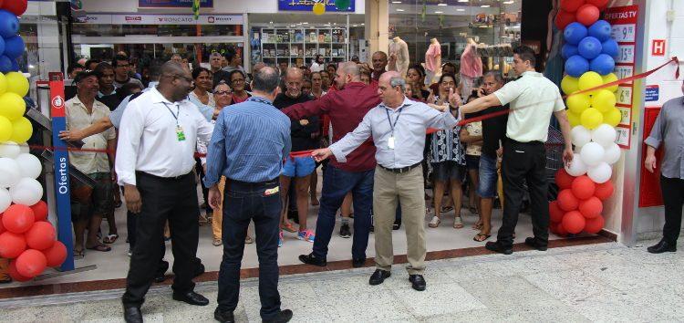 Rede Extrabom reinaugura loja em Guarapari