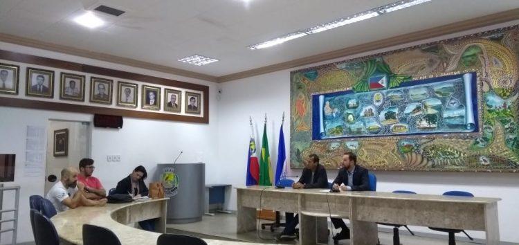 """""""Em hora nenhuma fomos consultados sobre a retirada das castanheiras"""", revelou o vice-presidente da associação da Prainha de Muquiçaba, Guarapari"""