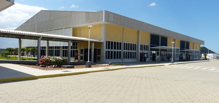 Testemunhas de Jeová realizam congresso em Guarapari