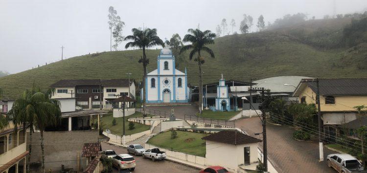 Em Guarapari, Distrito de Todos os Santos recebe melhorias