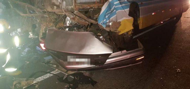 Ex-esposa de vítima de acidente em Guarapari vai ao DML