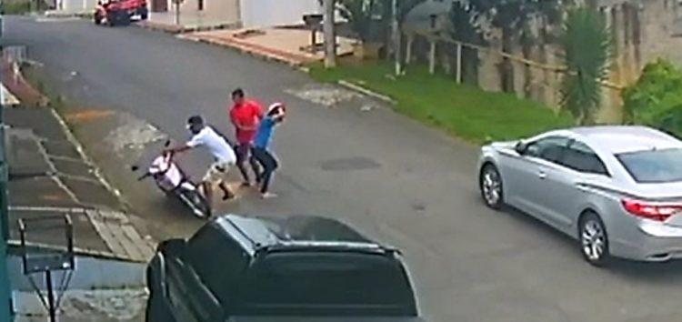 Jovem tem moto roubada no bairro São Judas Tadeu em Guarapari