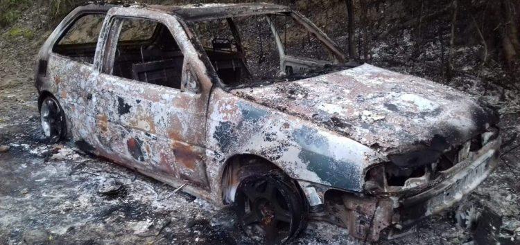 Corpo carbonizado em veículo pode ser de caseiro desaparecido em Guarapari