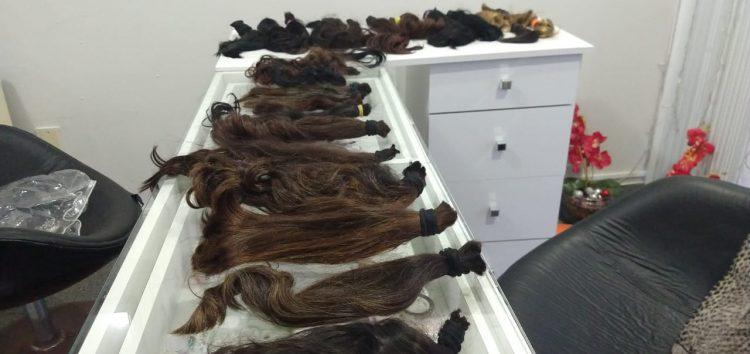 Salão promove doação de cabelos oferecendo corte gratuito