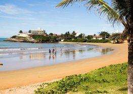 Jovem morre afogado em praia de Iriri em Anchieta