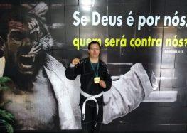 Atleta de Alfredo Chaves com síndrome de Down se destaca no Taekwondo