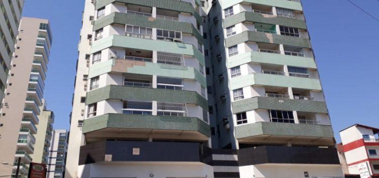 Defesa Civil vistoria fachadas de prédios em Guarapari