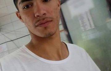 Família procura por jovem desaparecido visto em Guarapari