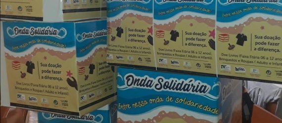 Onda solidária promove doação de livros, roupas e brinquedos em Guarapari