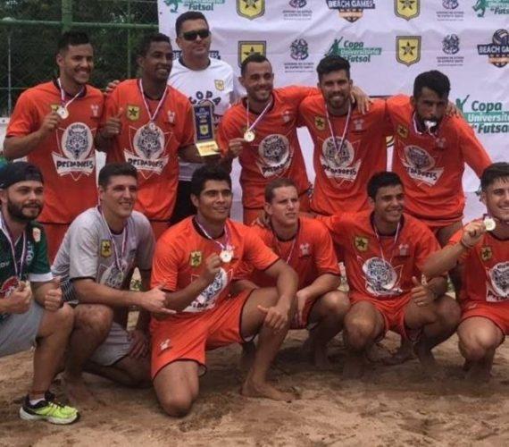 Times de faculdade em Guarapari arrecadam fundos para participar do campeonato brasileiro de Beach Soccer