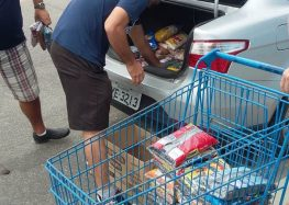 Faculdade promove doação de alimentos em Guarapari