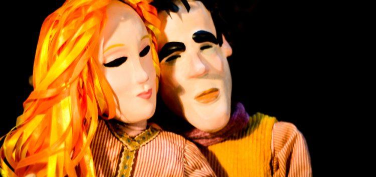 Grupo apresenta espetáculo de Natal com bonecos em Anchieta