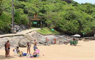 Morro da Pescaria volta a cobrar tarifa no valor de R$ 4 por pessoa em Guarapari