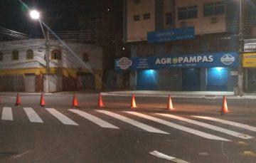Faixas de pedestre são renovadas em ruas de Guarapari