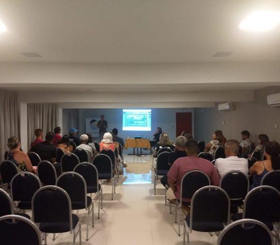 Palestra da RDG conta com a presença de professores de Guarapari