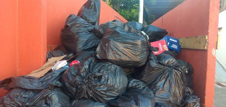 Casas de shows localizadas em Meaípe enviam material para reciclagem em Guarapari