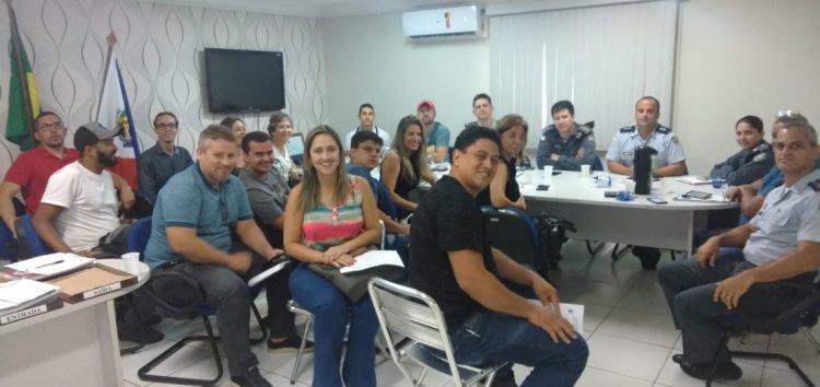 PMs, autoridades municipais e representantes de casas de show se reuniram para discutir sobre segurança pública em Guarapari