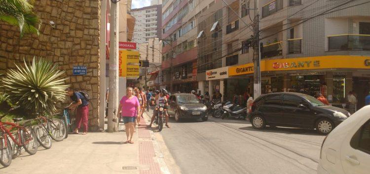O trânsito em Guarapari piorou, parou e até pirou!